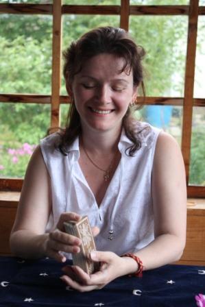 Жанна Юла - синхролог, таролог